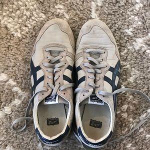 ASICS tiger men's shoes, lace up